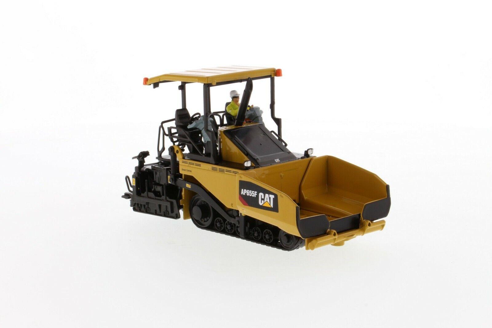 Cat - AP655F Asphaltfertiger mit Kettenantrieb 85590   1 50  Diecast Masters 236