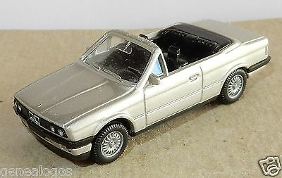 a MICRO WIKING HO 1//87 BMW 325 I CABRIOLET BLEU FONCE IN BOX