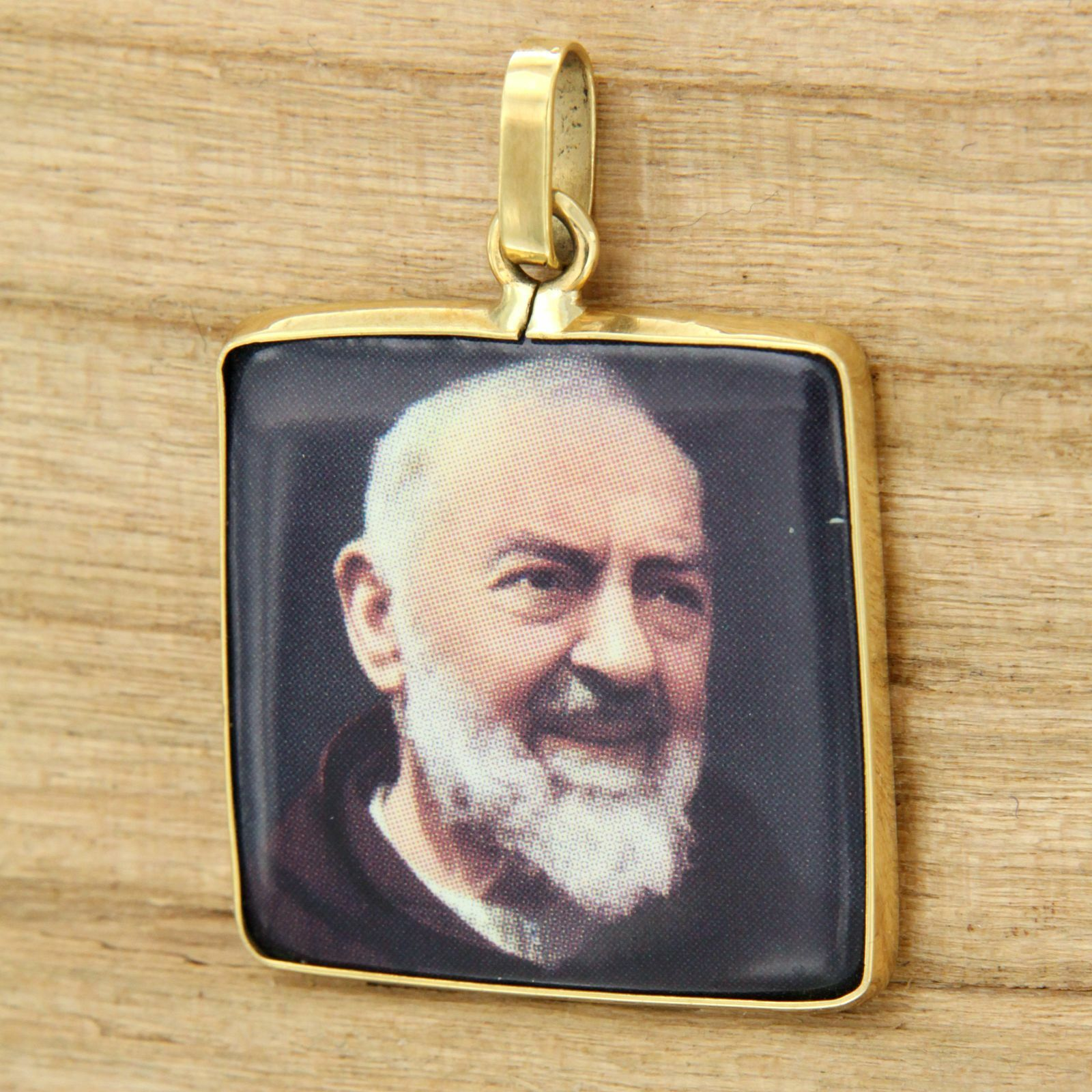 Pendant Yellow gold 18 Ct 750 with Padre Pio Sacred Religious Medal Holy