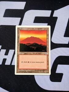 JvC SAME ART Mountain Japanese Magic the Gathering MTG FTG 20 Basic Land