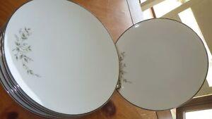 Salad Plate Marietta by NORITAKE 7 8' Platinum trimmed dessert plates