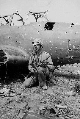 WWII Photo Iwo Jima Marine with M1 Carbine WW2 USMC World War Two Marines/ 6001