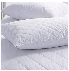 SET OF 2 NEW ZIPPERED QUILTED PILLOW COVERS QUEEN SIZE