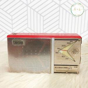 Vintage-Carlton-Transistor-Radio-Model-ST-7-Japan-Red-Leather-Carry-Case-TESTED