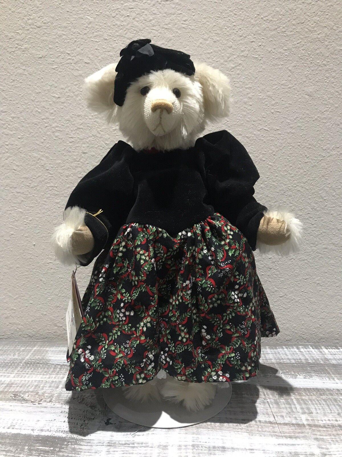 Gorgeous Wanda Shope  Mohair Wandabear bear - Holly  1  With Tags Rare