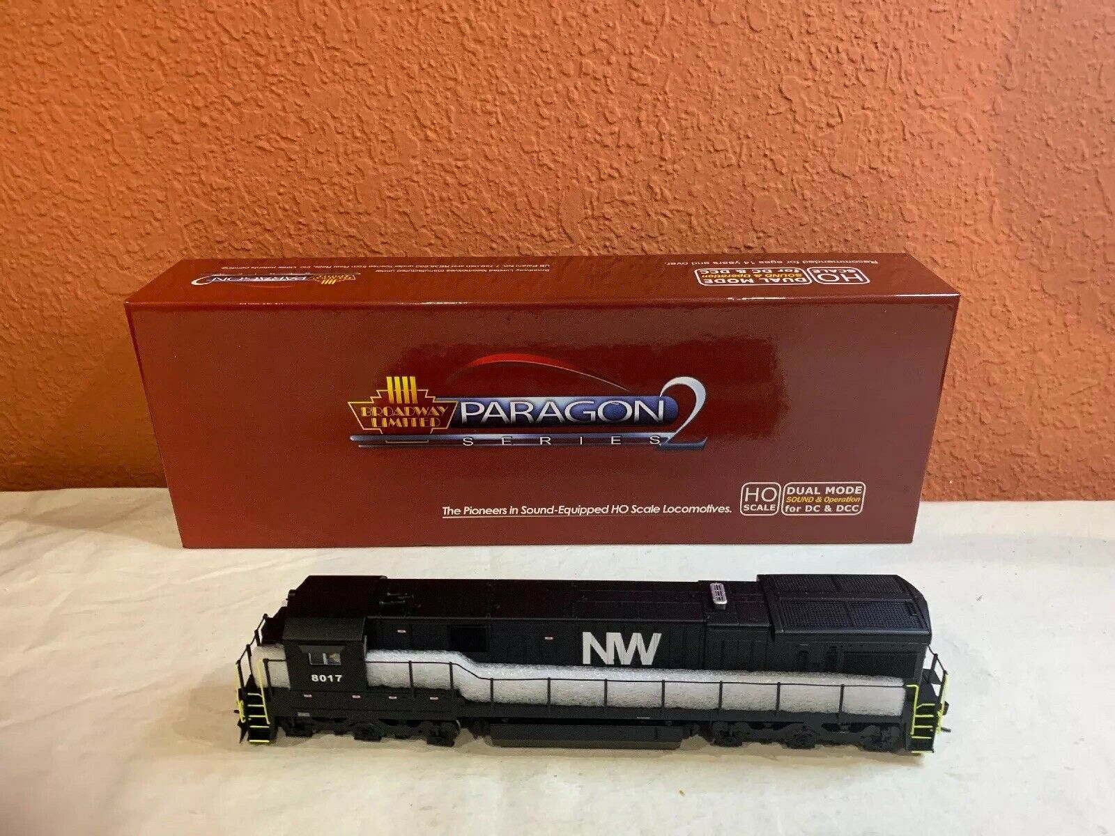 HO SCALE BLI PARAGON 2 2452 GE C30-7, N&W  8017 DCC EQUIPPED NEW.