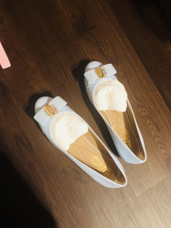 Salvatore ferragamo women shoes size 6.5
