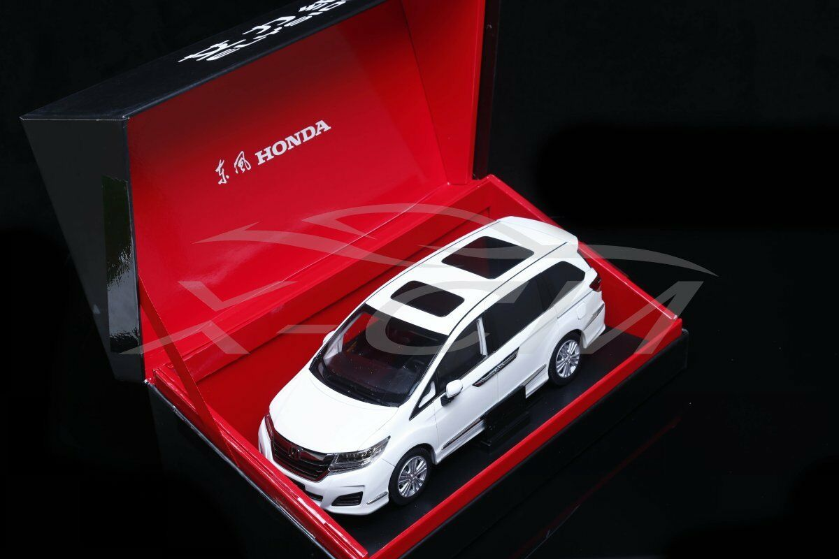 Diecast Car Model Honda All New Elysion 2016 1 18 (White) + GIFT