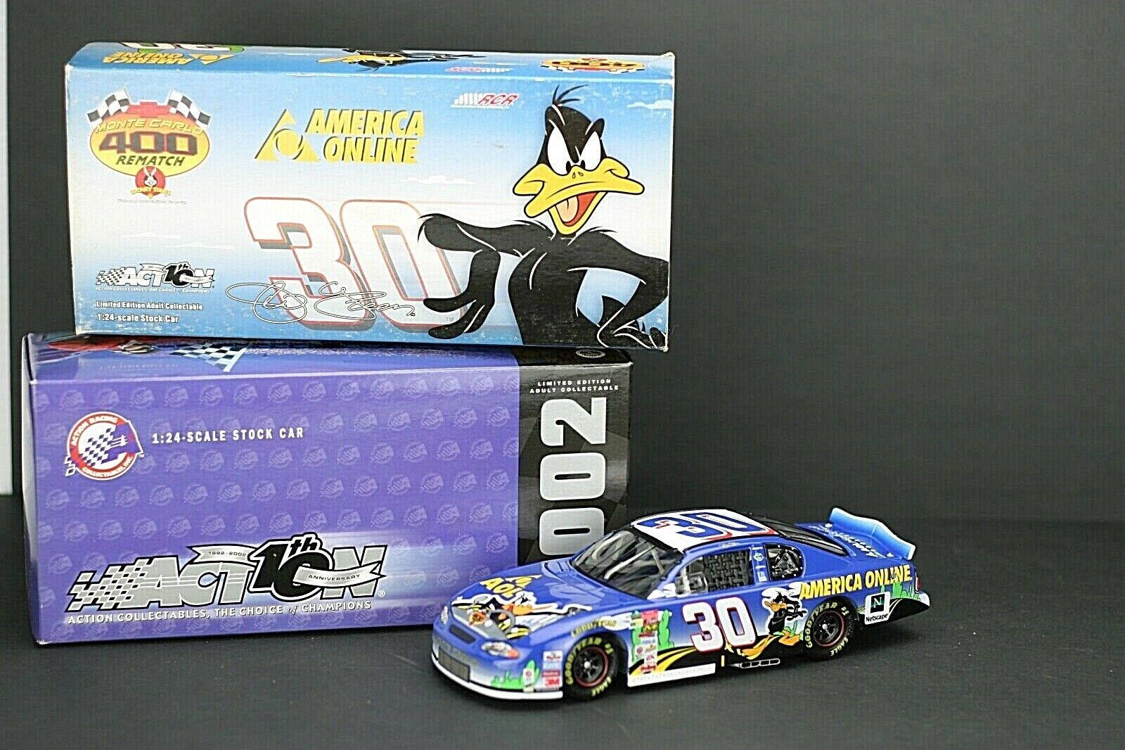1 24 ACTION NASCAR 2002 MONTE CARLO JEFF GREEN  AOL LOONEY TUNES REMATCH