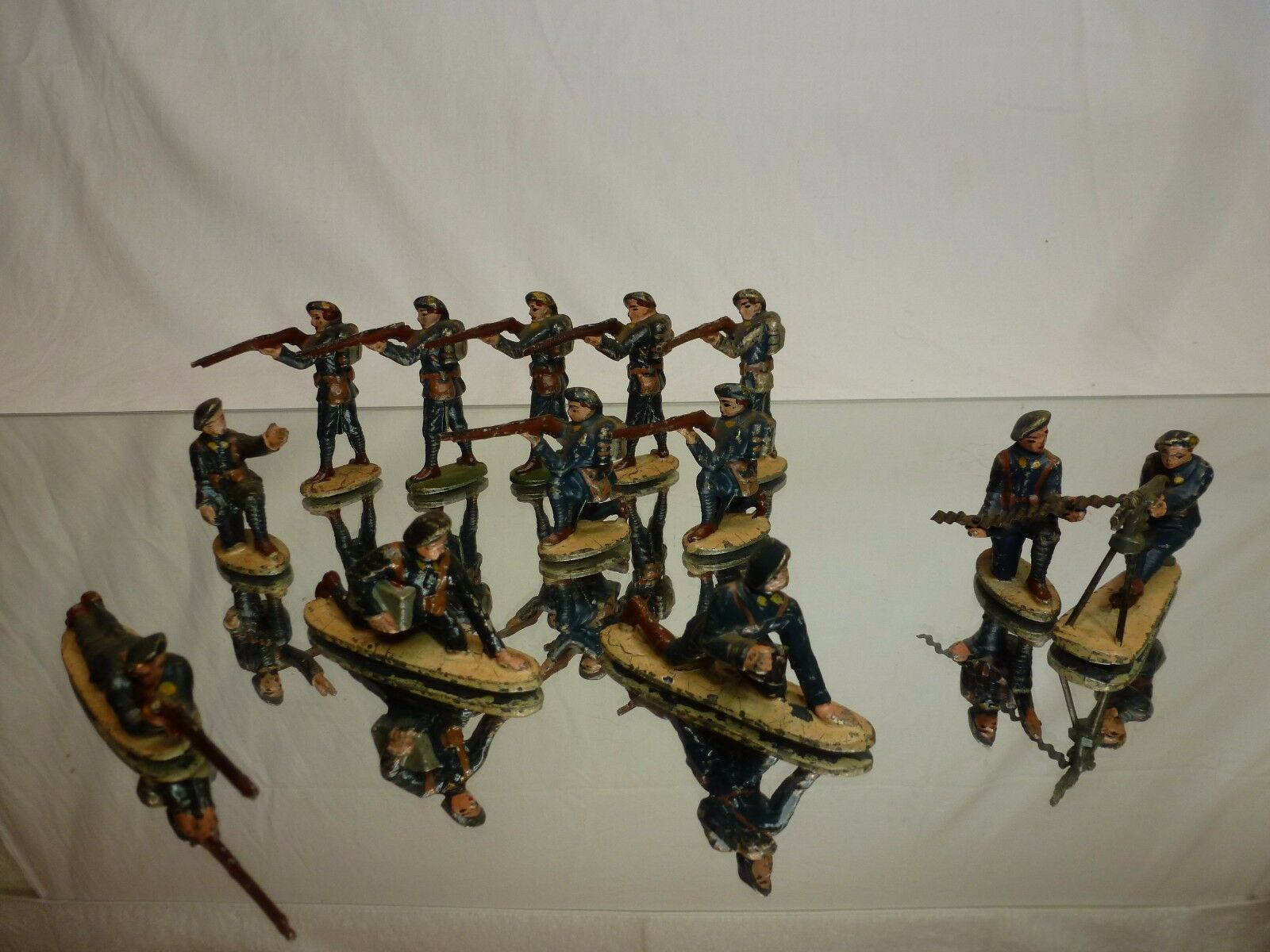 LOT of 13x METAL FRANCE SOLDIERS WW1 - ARMY MILITARY blueE - GOOD CONDITION