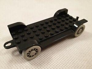 Vintage-Lego-Fabuland-Black-Car-Chassis-6-12-with-4-Grey-Wheels-4362