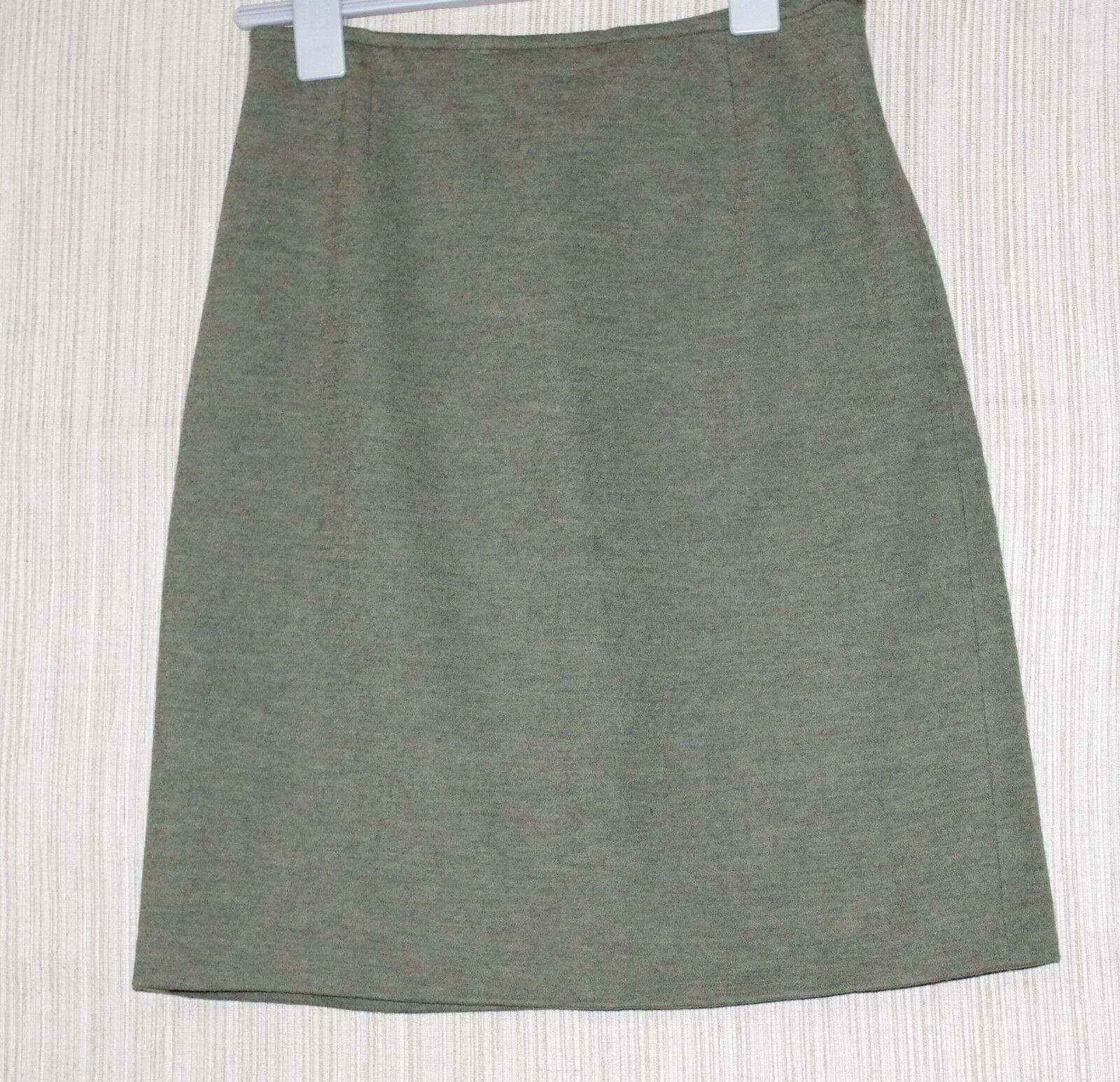 Marc Jacobs Look  Green Wool Nylon A Line Skirt Size  44 28