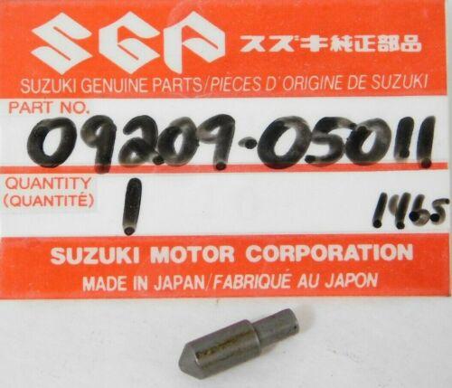 DRZ125 1 NOS Genuine Suzuki DR 100 125 NEW Circlip Part OEM 09381-14001