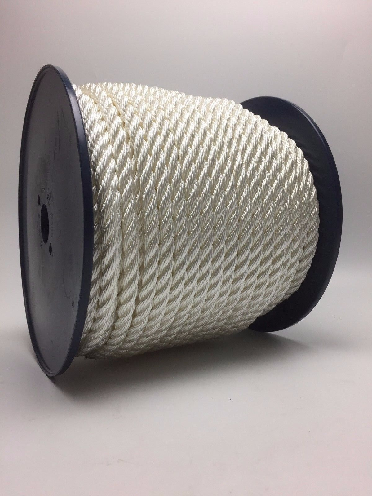 Nylon Rope 22mm x 100 Metre Reel White 3 Strand Boat Marine Yacht Anchor Coil