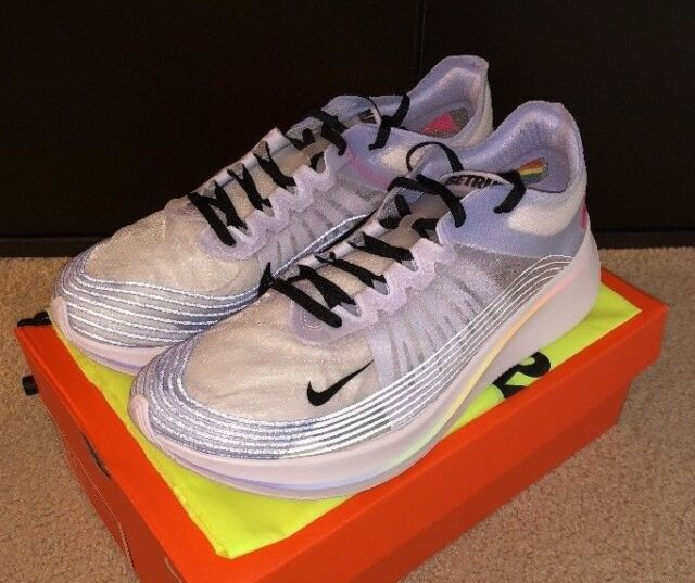 ae7e56d881ab Mens Nike Zoom Fly Be True Running Shoes Size 12.5 White black ...