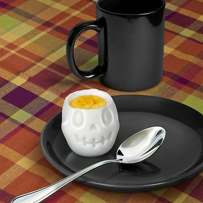 EGG-A-MATIC Skull Hard Boiled Egg Mold Mould Shaper By Fred and Friends