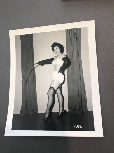 4 X 5 ORIGINAL NEGATIVE PHOTO FROM IRVING KLAW ARCHIVES Whip Series 1336