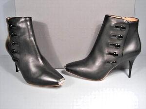 Alexander McQueen 37/7 Black Leather