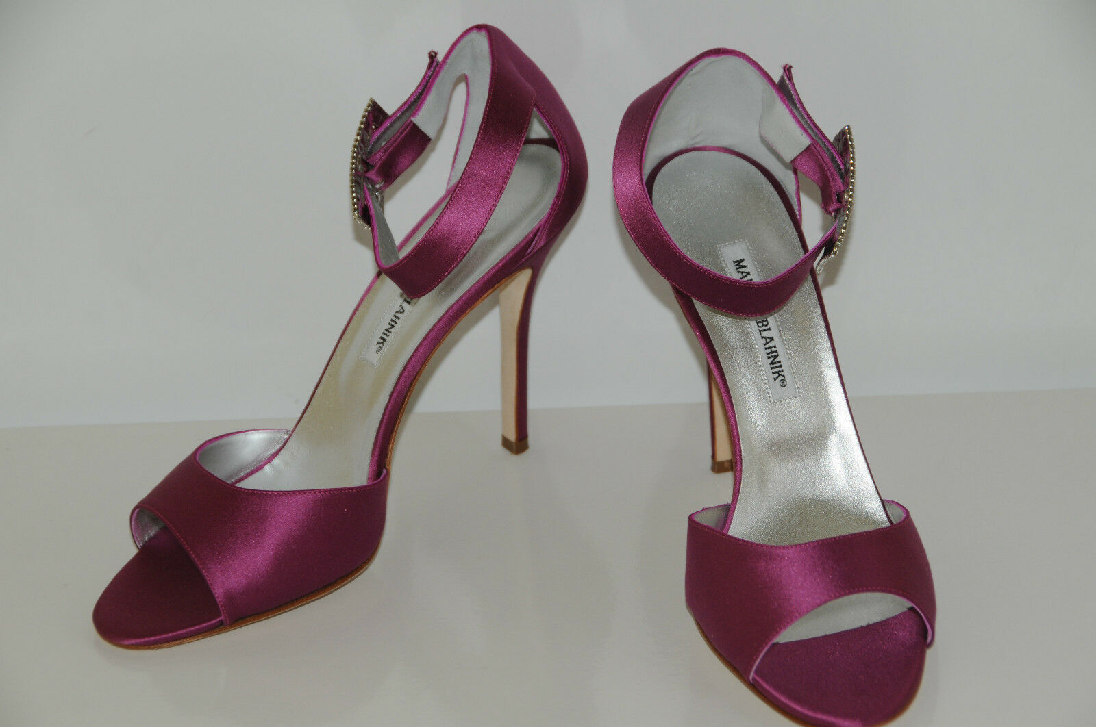 925 NEW MANOLO MANOLO MANOLO BLAHNIK rose Satin DRIBBIN JEWELED CRYSTAL SANDALS chaussures 40.5 10 b202e7