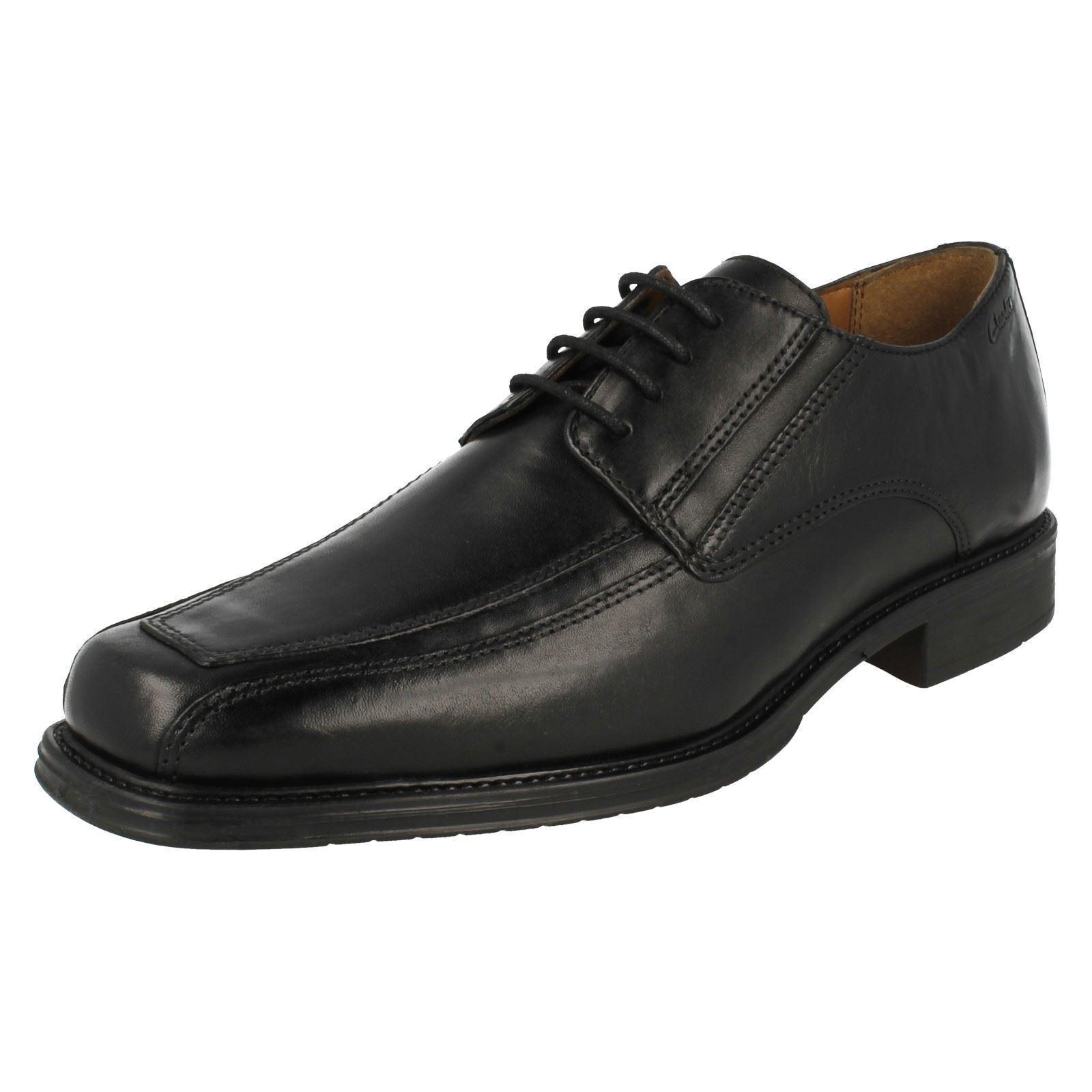 Clarks Driggs Walk Herren schwarzes Leder Schnürschuh G PASSFORM (R38b) (Kett )