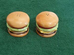Pair-of-Salt-and-Pepper-Shakers-Cheeseburger-Sandwich-Vintage