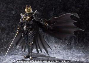 Makai-Kadou-Golden-Knight-GARO-RYUGA-Ver-Action-Figure-BANDAI-TAMASHII-NATIONS