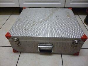 Heavy-duty-CD-flight-case
