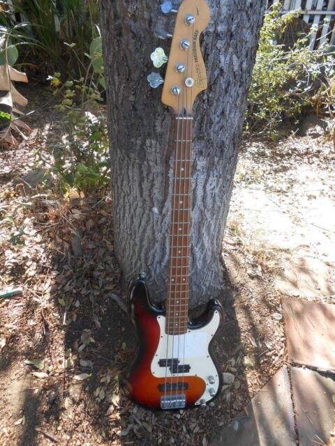 Squier Standard P Bass Special=Electric bass guitar-sunburst
