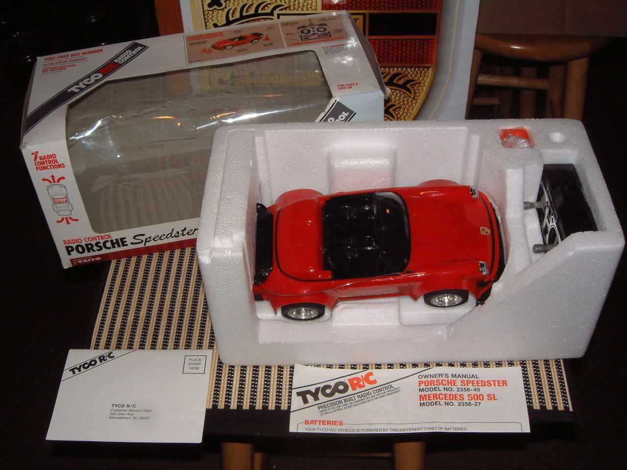 TAIYO TYCO 1990 PORSCHE 911 SPEEDSTER RADIO CONTROLLED PLASTIC MODEL W BOX &MORE