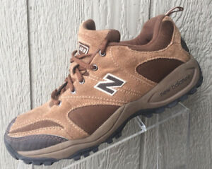 code promo 1e315 799a0 Womens New Balance 603 Brown Suede Trail Walking Shoes Size ...