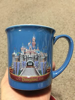 Disney Disneyland 3D Raised CASTLE MUG, Tinker Bell Inside. Excellent Condition