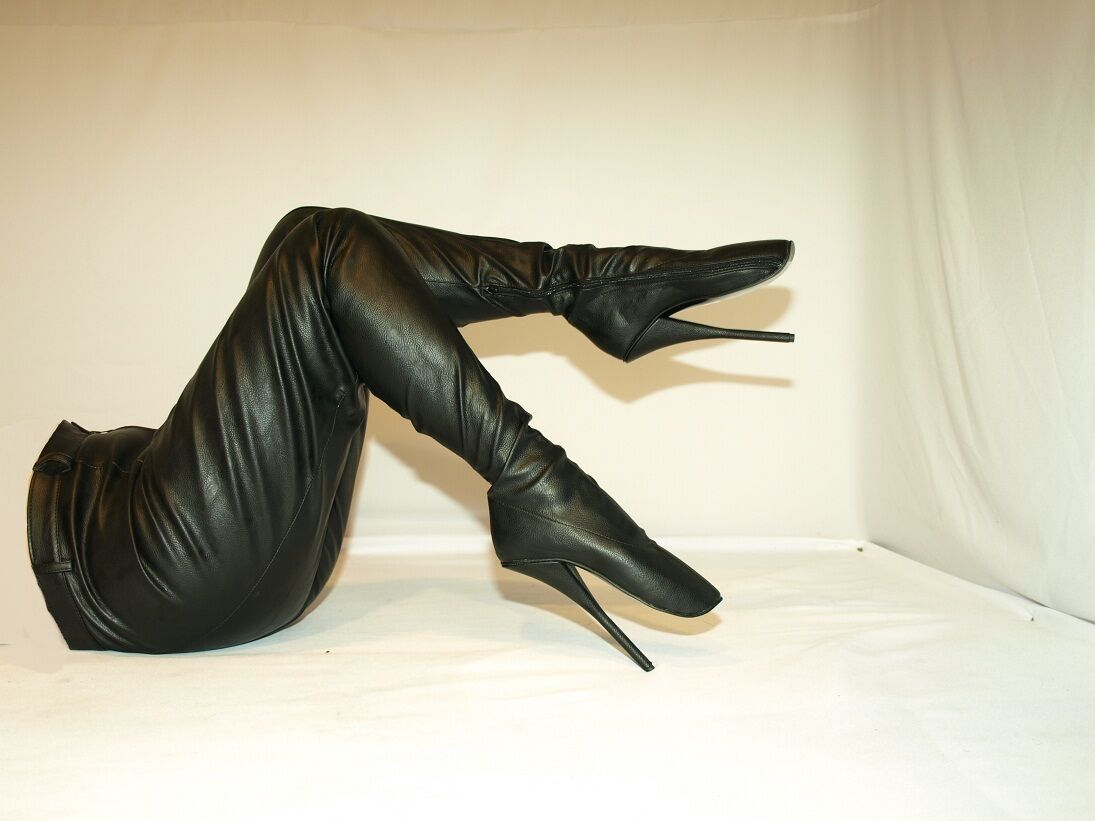 BLACK OR ROT STRETCH LEATHER HIGHS Stiefel SIZE 9-16 HEELS - 8,5' - BALLET