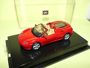FERRARI-360-SPIDER-Rouge-HOTWHEELS-1-43