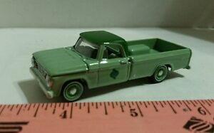 1-64-su-Misura-1967-Verde-Dodge-D100-Camioncino-Scoperto-Pick-Up-Terra-o-Laghi
