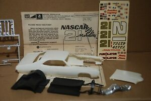 1/25 71 NASCAR Mercury Cyclone for parts Incomplete Kit