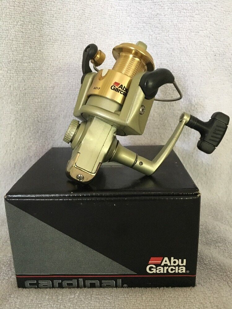 ABU GARCIA SPINNING REEL ASCENT AS1F, NIB, 4 BEARING DRIVE, GREAT DEAL
