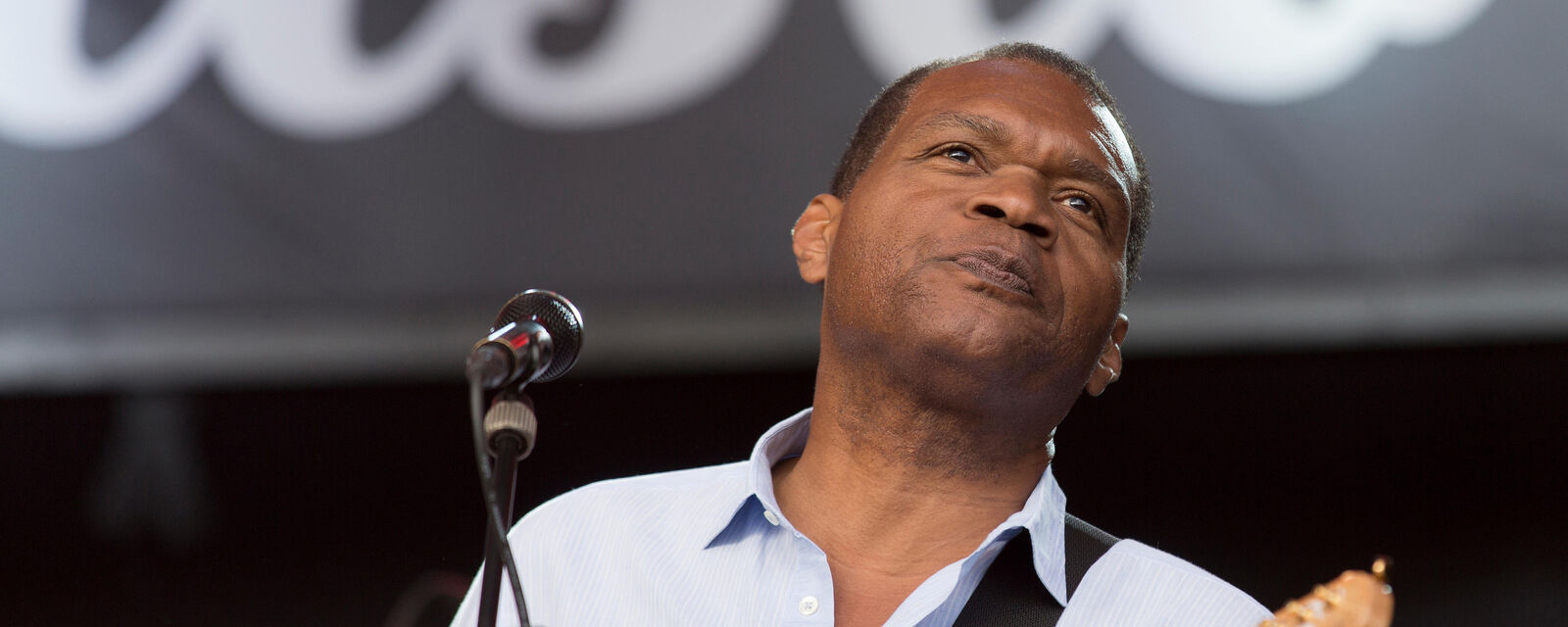 Robert Cray Band Tickets (21+ Event)
