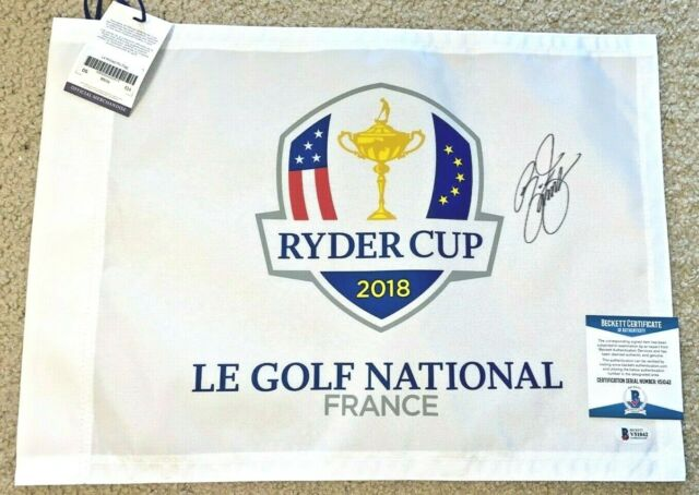 RICKIE FOWLER SIGNED 2018 RYDER CUP LE GOLF FLAG 2020 PGA US OPEN MASTERS BAS