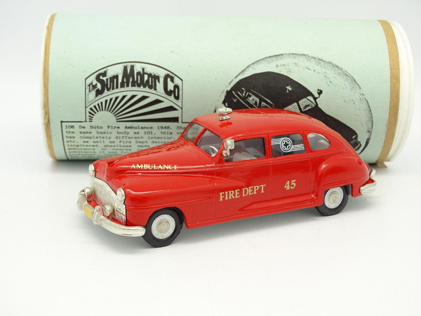 The Sun Motor Co 1 43 - De Soto Fire Dpt Ambulance Pompiers
