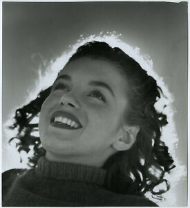 Young Teenage Model Marilyn Monroe Vintage Inkstamped Andre de Dienes Photograph