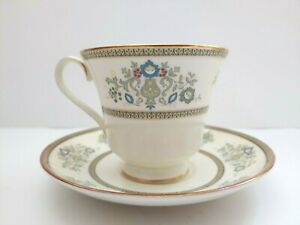Minton-Henley-BoneChina-Footed-3-034-Tall-Cup-amp-Saucer-Set-Vintage-Dishwasher-Safe