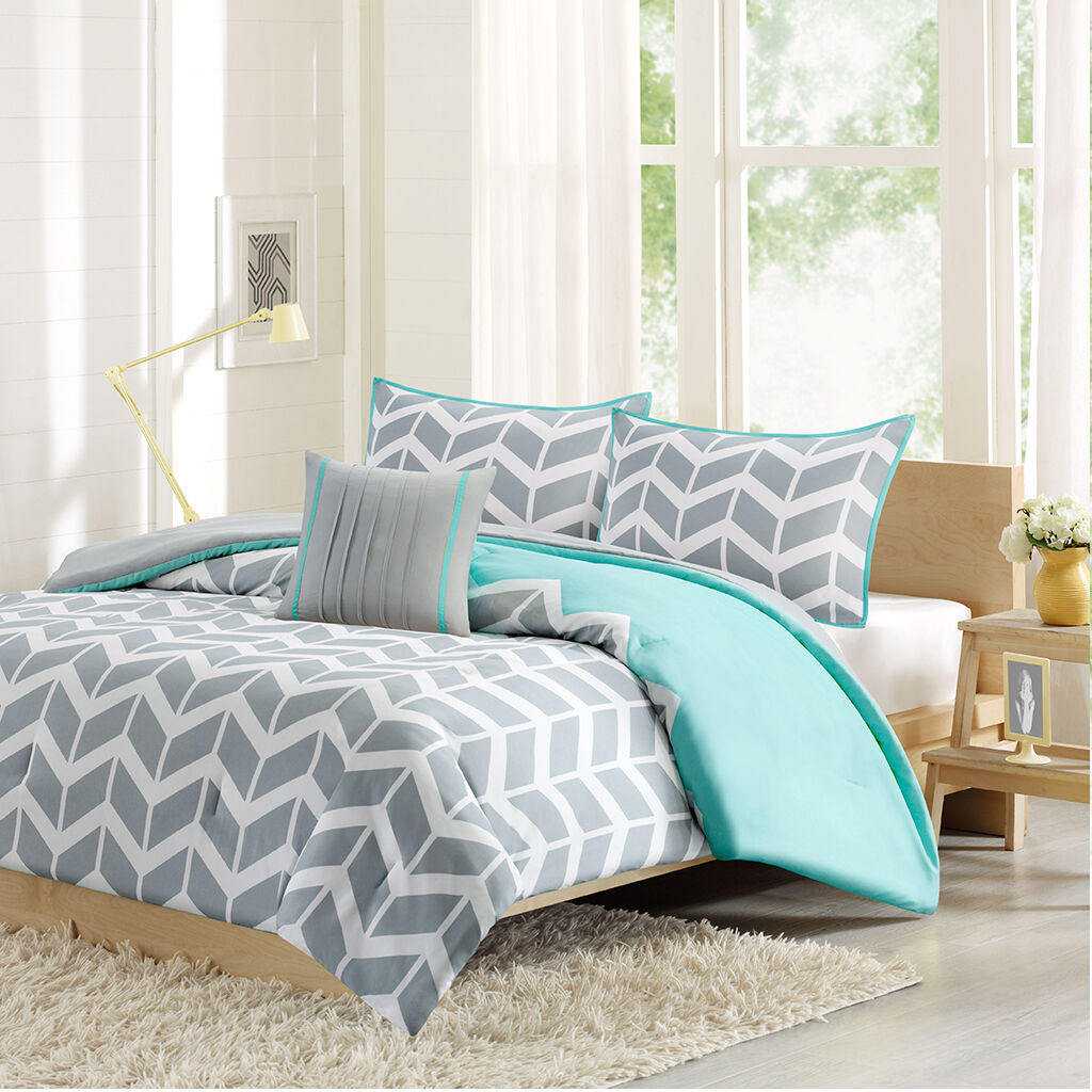 BEAUTIFUL MODERN REVERSIBLE TEAL AQUA Blau grau CHEVRON STRIPE COMFORTER SET NEW