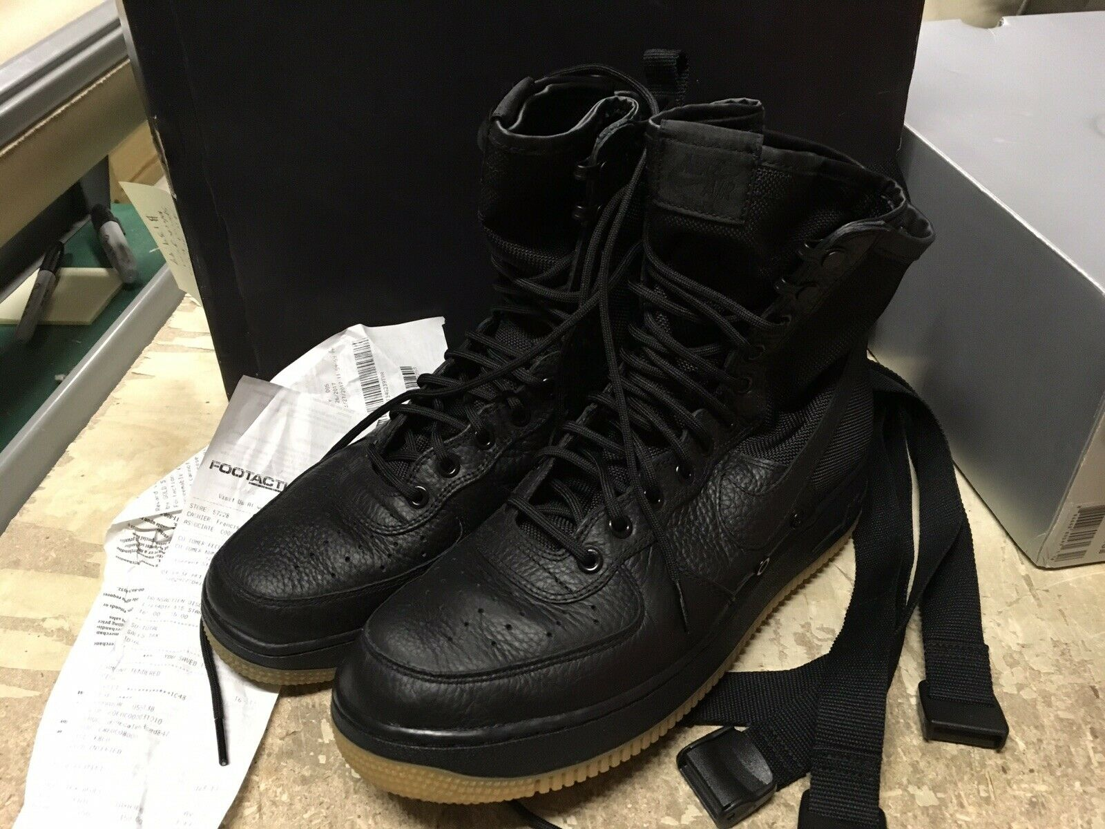 USED MENS NIKE SF AF1 AIR FORCE 1 SPECIAL FORCES BLACK GUM 864024 001 SZ 10.5