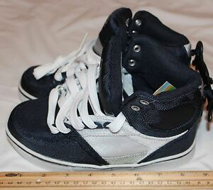 Op-Boys-Youth-Athlethics-Size-1y-Navy-Blue-White-Silver-High-tops-Item-2