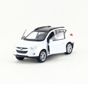 Hyundai-Tucson-IX35-SUV-1-36-Die-Cast-Modellauto-Spielzeug-Model-Sammlung-Weiss