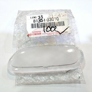 GENUINE TOYOTA LAND CRUISER FRONT DOOR COURTESY LAMP LENS RH 81231-33010
