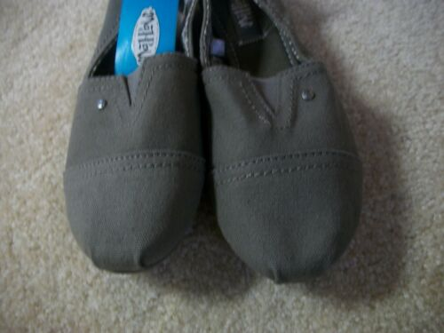 Mad Love Lydia Womens Gray Slip On Padded Insole Comfort Flats *Choose Size* NWT