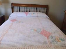 VINTAGE FULL SIZE CHENILLE BEDSPREAD