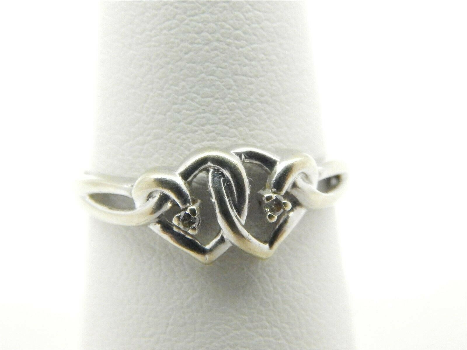Cute Cute Cute 10k White gold Double Heart Ring with Diamond Accents Size 7