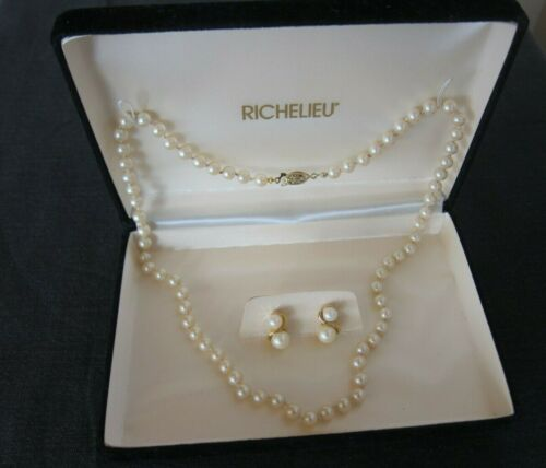 vintage RICHELIEU double stranded graduated pearl necklace and earrings Demi Paurer set Rare in cool sage green.